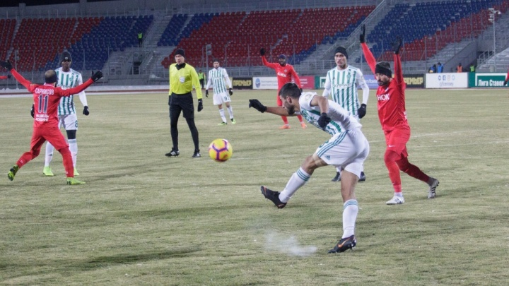 Матч «Енисей» — «Ахмат»на морозе заставил футбольных чиновников поменять правила для клубов