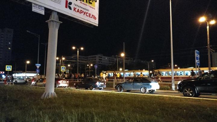 Не могли уехать со стадиона: жители Самары пожаловались на работу общественного транспорта