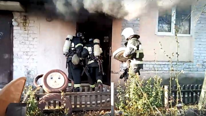 20 человек эвакуировали: неизвестный облил бензином и поджёг хлебный магазин в Балахне