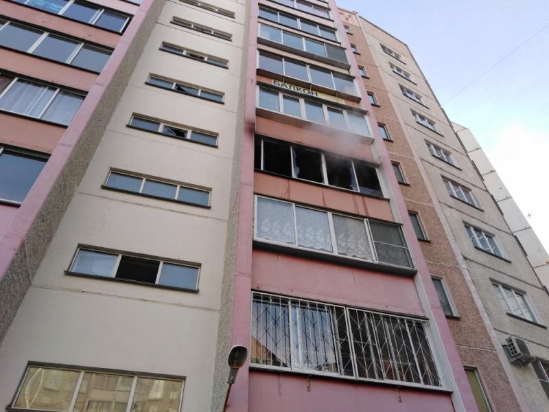 Пожар разгорелся в квартире дома по улице Салавата Юлаева