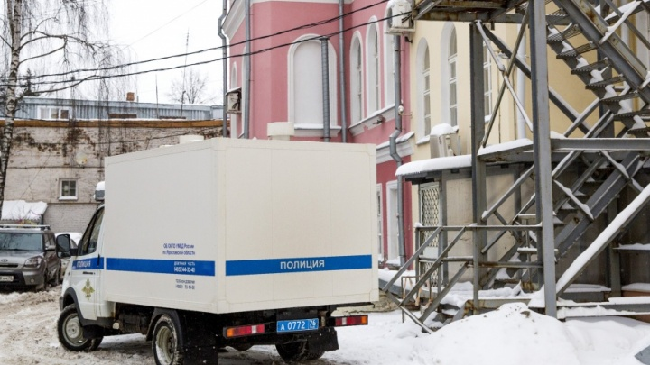 В Ярославской области сотрудник колонии взял у заключённого 330 тысяч за досрочное освобождение