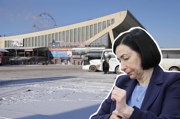 Наталья Котова передаст результаты опроса, в котором жители высказались за перенос автовокзала, в правительство региона