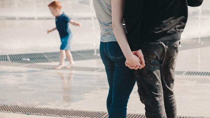 Почему не рожаешь? Как 30-летних достают с вопросами о детях. Колонка журналиста 72.RU