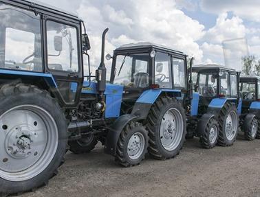 Фермеры раскупают белорусские тракторы МТЗ: почему техника пользуется спросом