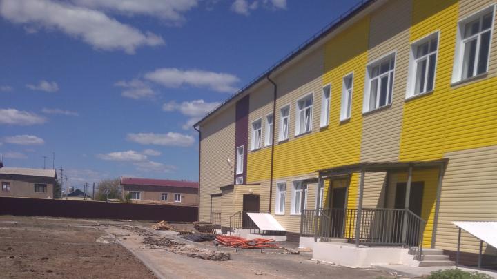 «Воровство в целом»: в Волгоградской области провалили федеральную программу по строительству школы