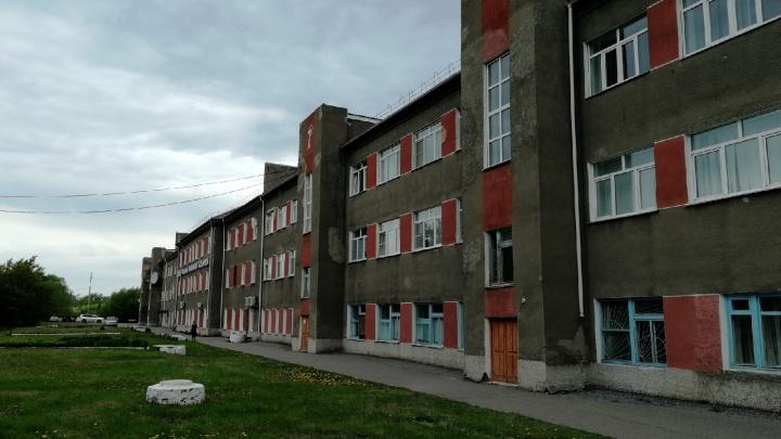 «Мама на учёбе в Омске»: единственного оставшегося ребёнка пропавшей семьи отдали родственникам