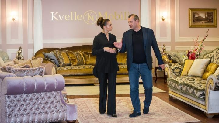 """""""12 стульев"""" по-уральски: зачем производитель элитной мебели распарывает диваны за 300 тысяч рублей"""
