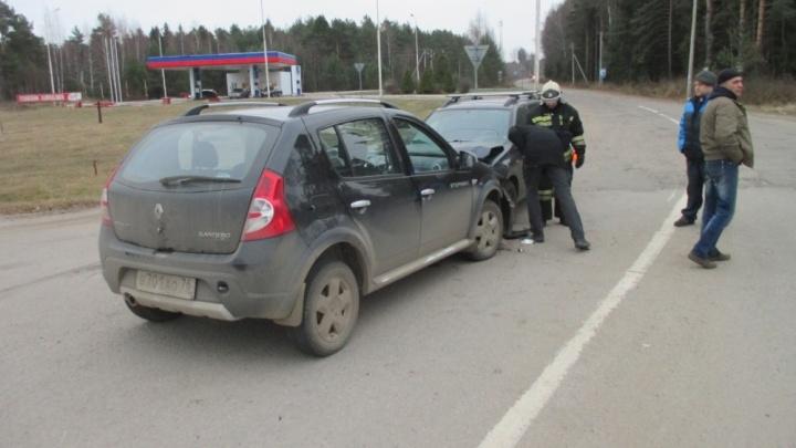 На трассе М-8 пьяный водитель вылетел на встречку:два ребёнка получили травмы