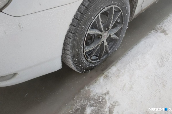 Водитель проигнорировал знак, запрещающий выезд на лед