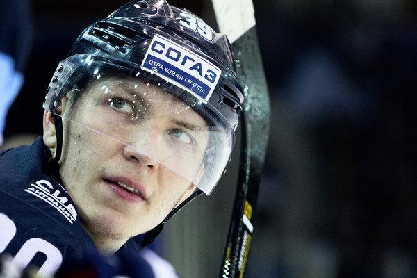 Хоккейная «Сибирь» лишилась игрока, который играл за клуб 10 лет