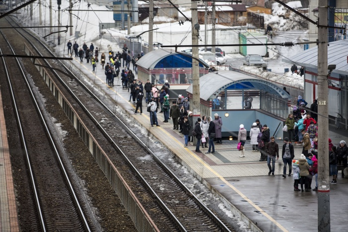 Задержали продавца холодного оружия на платформе Речной вокзал