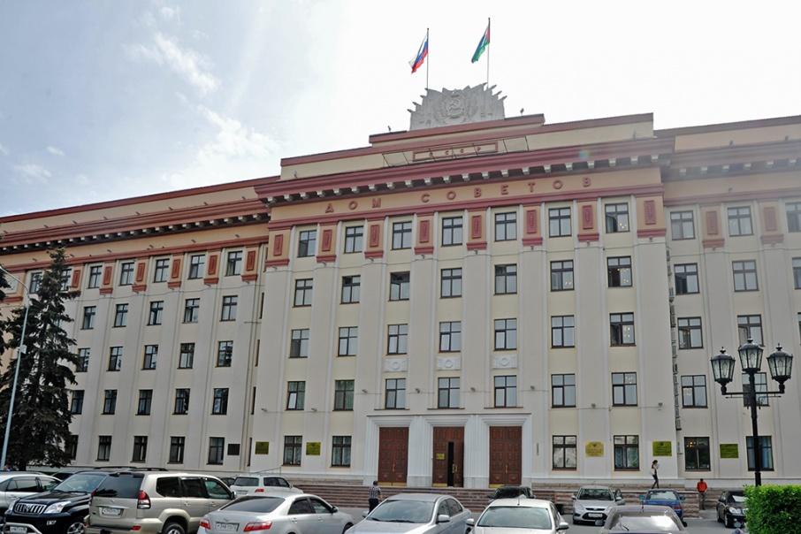 Годового дохода самого богатого представителя тюменского истеблишмента хватит на 100 однокомнатных квартир