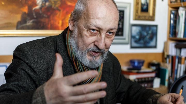 «Я вывез всю мастерскую»: Владислав Коваль покажет волгоградцам свою «кухню» с картинами и марками