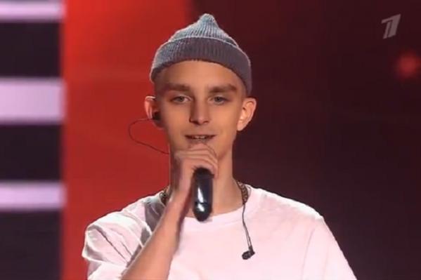 Когда в жюри спросили у Арсения, сколько ему лет, он ответил: «Мне 17 лет, но выгляжу на 10»