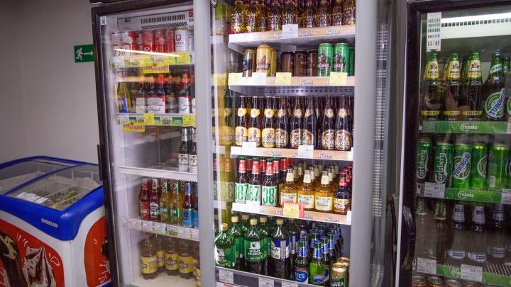 «Украл, выпил, в тюрьму»: в Ярославле поймали мужчину, обокравшего продуктовый магазин