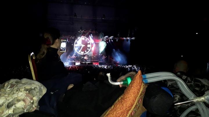 «Дедморозим» привезли неизлечимо больного пермяка на концерт группы «Сплин»