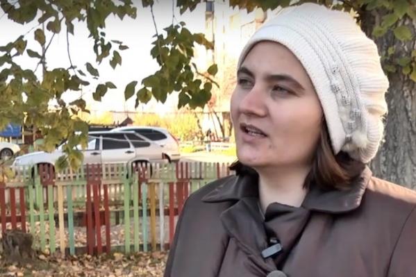 Школьник написал жалобу о том, что женщина его преследует. Однако Светлана это отрицает