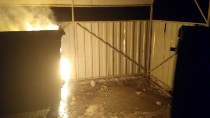 Поджоги обойдутся нам дорого: сколько стоит один сгоревший мусорный бак