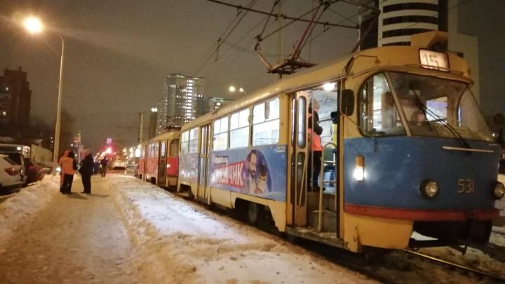 Стали известны подробности инцидента на Московской, где трамвай сбил подростка