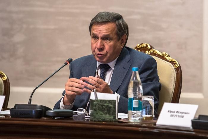 Владимир Городецкий сказал, что не будет комментировать сплетни о своей отставке
