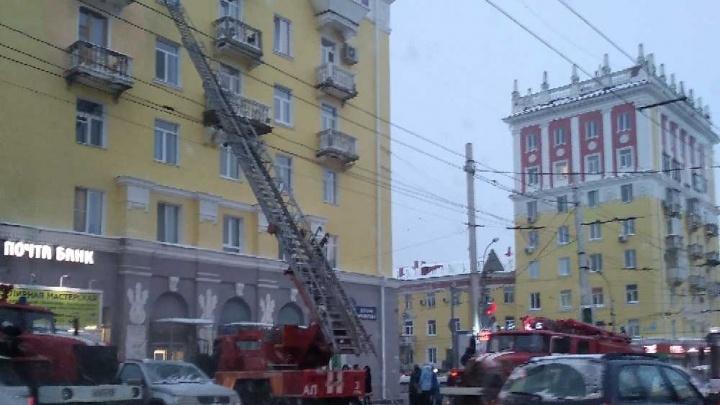 В Уфе загорелась квартира в восьмиэтажке: погиб мужчина