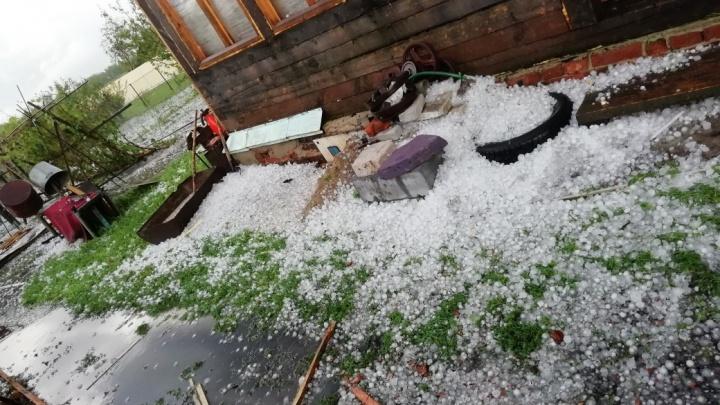 В Курганской области на завтра обещают шквалистый ветер, град и грозу