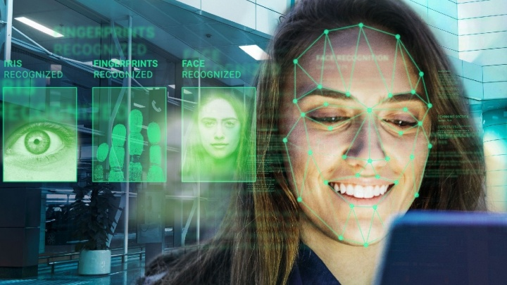 Вас узнают по лицу: Сбербанк собирает биометрические данные более чем в 2,7 тысячи отделений