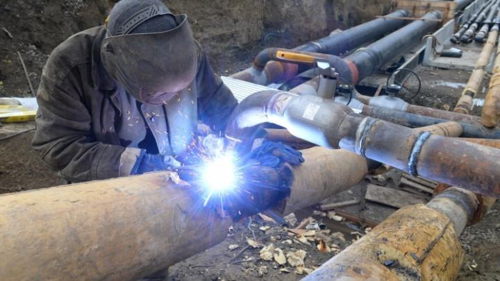 Жители двух районов Екатеринбурга остались без отопления