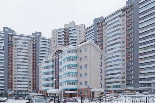 Большой дом возле площади Ленина стал рекордсменом по квартирам в продаже