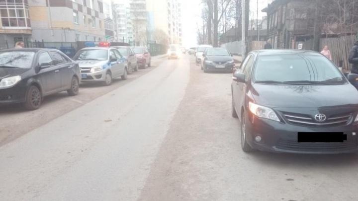 В Перми под колесами иномарки пострадал пятилетний мальчик