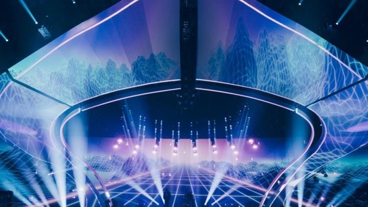 Слушатели екатеринбургской радиостанции смогут выиграть билеты на фестиваль «Легенды Ретро FM»
