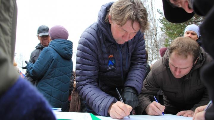 Северяне сдали в приемную Путина более 60 тысяч подписей против строительства на Шиесе
