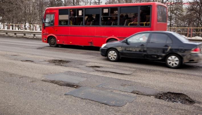 «Будет угрожать безопасному движению — закроем»: ГИБДД заставит мэрию ответить за ямы на дорогах
