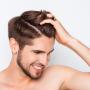Почему люди... лысеют: специалисты рассказали, что влияет на выпадение волос и как с этим бороться