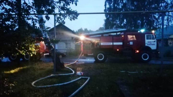 На пожаре в частном доме под Челябинском погибли пожилая пара и их родственник