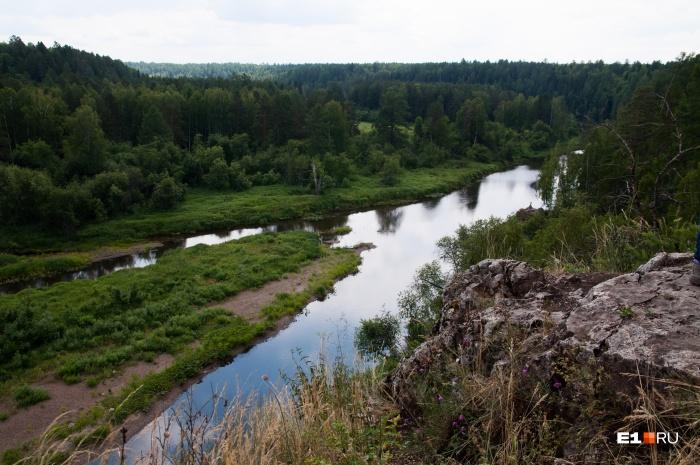 Палаточный лагерь работал в «Оленьих ручьях» у реки