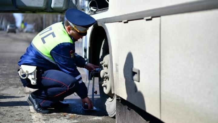 В Ярославле гаишники с люфтомером устроили облаву маршрутчикам: итоги рейда