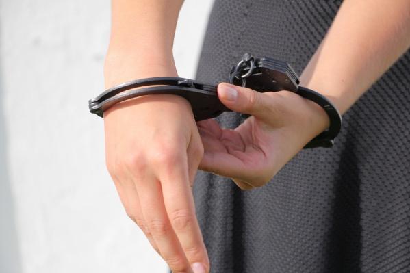 Девушка подала заявление об изнасиловании, давала показания, но затем резко их поменяла на противоположную точку зрения
