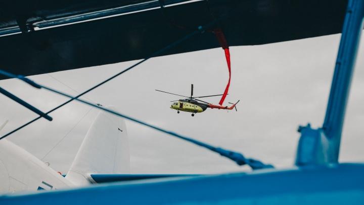 Под Тюменью вертолет совершил аварийную посадку