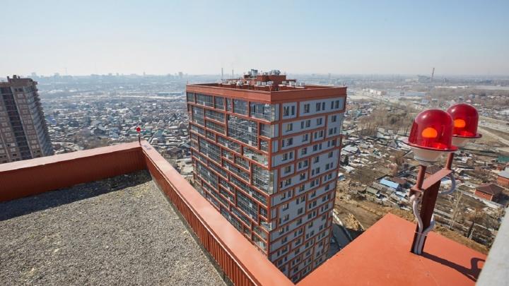 Новосибирец отказался покупать квартиру на последнем этаже, когда узнал про необычные скидки