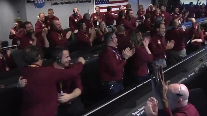Аппарат NASA InSight сел на поверхность Марса