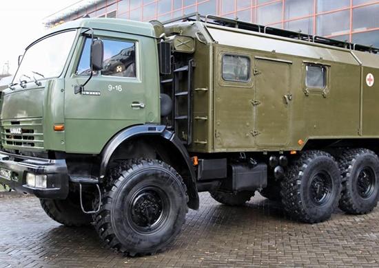 Новосибирским военным врачам дали новые машины