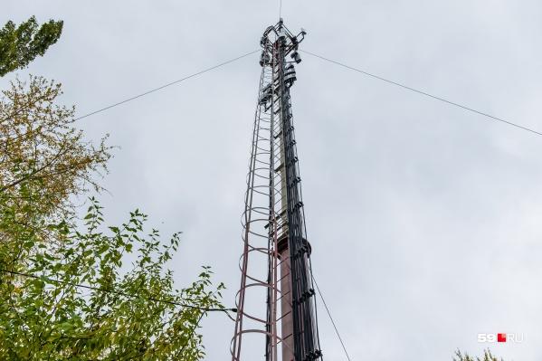 Такие сооружения помогают сигналам сотовой связи и интернета