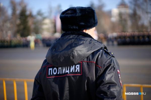В омском Горсовете выслушали доклад о работе участковых и остались очень недовольны