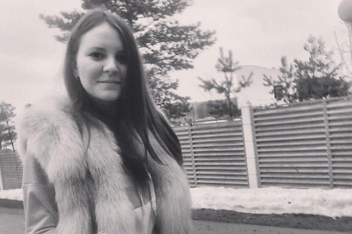 Наталья не доехала до дома, а встретилась с другом и поехала на другой адрес