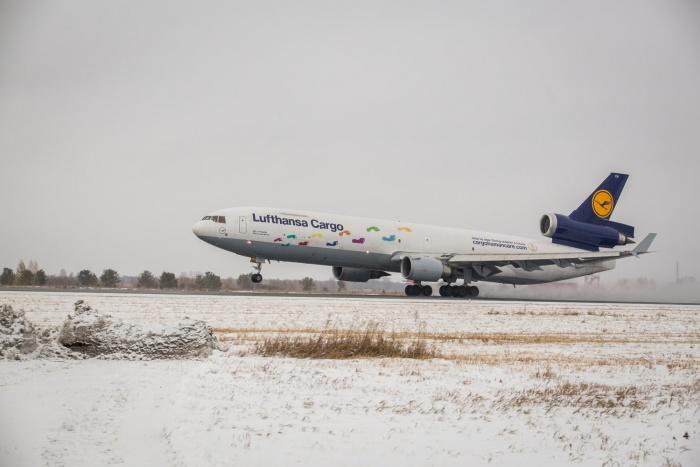 Система позволит контролировать перемещение самолетов и техники в аэропорту