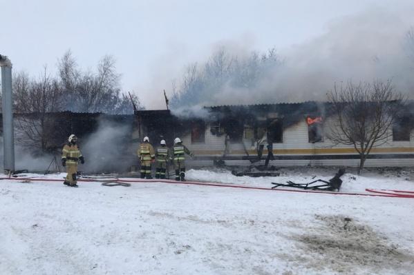 После локализации пожара здание «проливали»