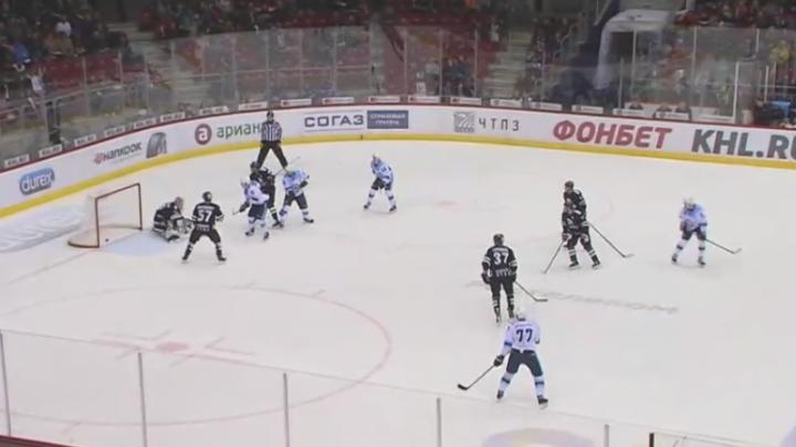 Хоккей: «Сибирь» перевела игру в овертайм, но проиграла «Трактору» по буллитам