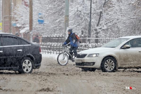 Челябинским велосипедистам снежные рекорды нипочём