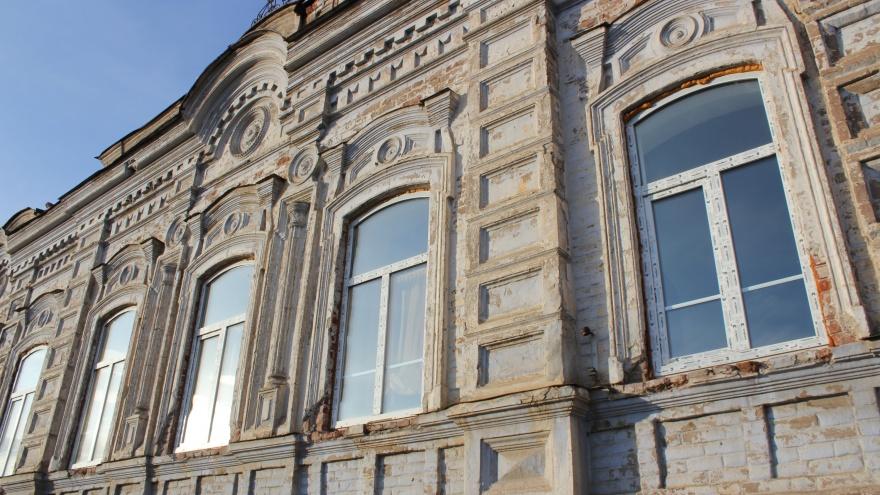 Президентские деньги потратят на хоккей в Челябинске, досуговый центр и купеческую усадьбу